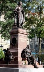 Das neue Mendelssohn-Denkmal am Mendelssohn-Portal in Leipzig