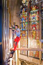 Arbeiten an der neuen Rieger-Orgel im Dom Regensburg