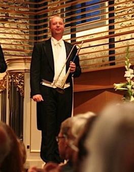 Foto: Neil Brough; Trompete  (Fotorechte: V. Hege)