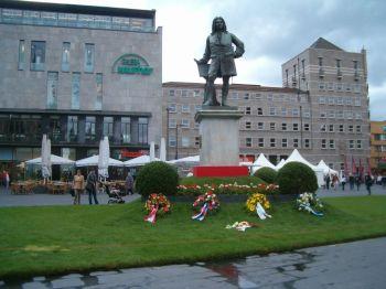 Grosser Europäer G.F. Händel- Händeldenkmal