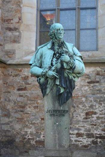 Herder-Denkmal an der Stadtkirche Bückeburg (Fotorechte: V. Hege)