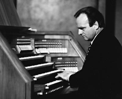 Dirigent und Organist Karl Richter