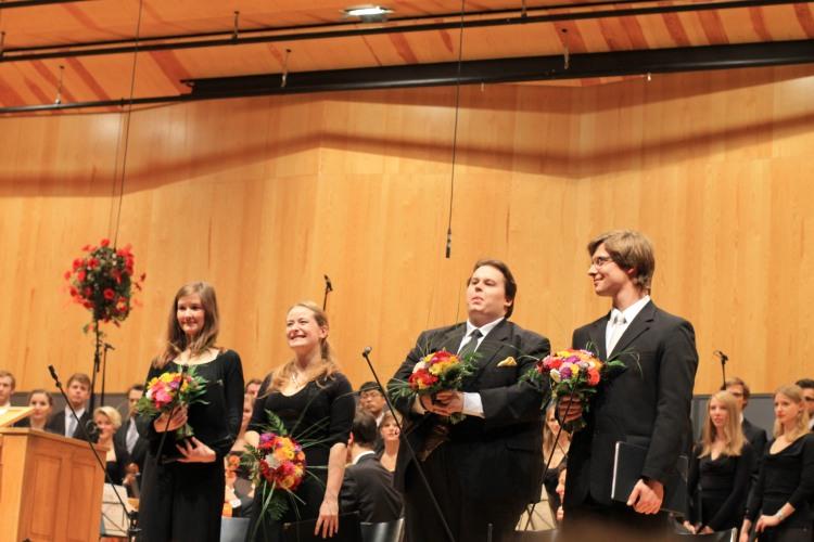 Gesangs-Solisten BWV 27 Corinna Kuhnen - Sopran Julia Maria Spies - Alt Volker Hanisch - Tenor Fabian Kuhnen Bass