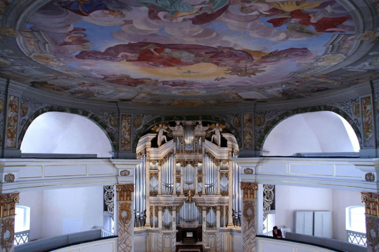 Trost-Orgel Waltershausen -  (Fotorechte:  Stefan Christian Hoja) http://de.wikipedia.org/w/index.php?title=Datei:Waltershausenkircheorg.jpg&filetimestamp=20070409191954