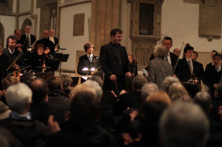 Dirigent:  Johannes Klumpp beim 10. NWD-Stifterkonzert in der Marienkirche Herford  am 3. März 2013