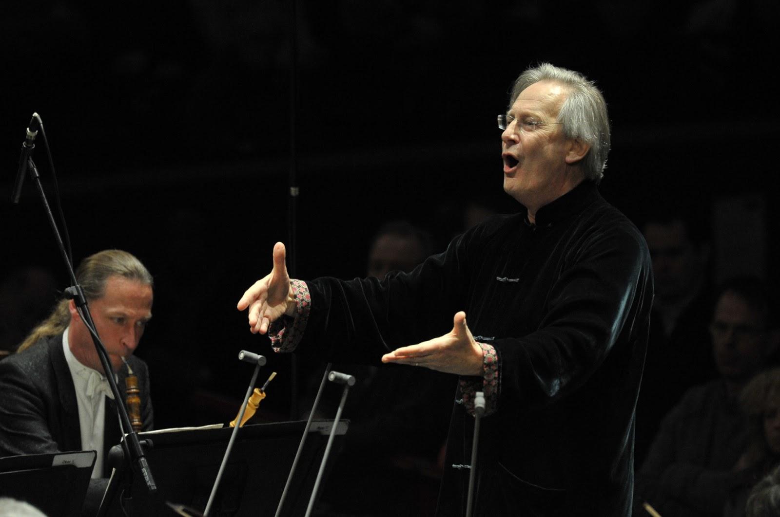 Englischer Dirigent Sir John Eliot Gardiner - Fotorechte:. Chris Christodoulou