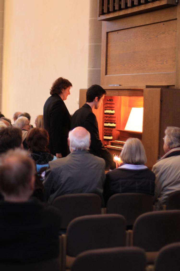 Kai Koch an der Orgel mit dem Präludium in e-moll von  Nicolaus Bruhns (1664-1694)