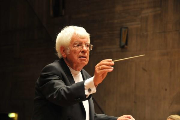 """Am 29.5. 2013 feierte er seinen 80. Geburtstag Dirigent und Bach-Interpret: """"Helmuth Rilling"""""""