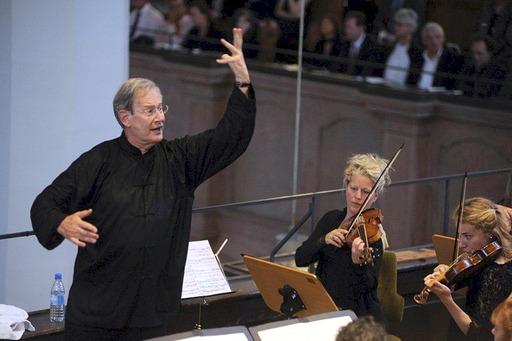 Sir J.E. Gardiner mit der Johannes Passion am 20_6_2013 in der Thomaskirche Leipzig Foto:  Gert Mothes