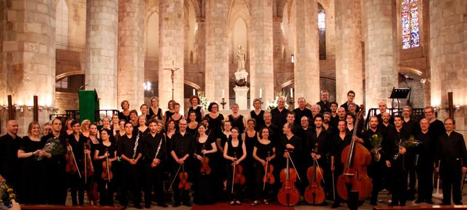 Bach Festival Bachcelona 2013 Abschlussveranstaltung am 28.7.2013 in der Basilica de Santa Maria del Mar 28. Juli 2013. Bach-Zum-Mitsingen im liturgischen Gottesdienst integriert.