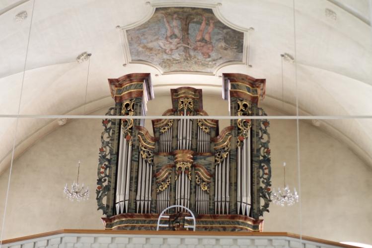 Orgel in der Katholischen St. Michaels Kirche Stalden (Wallis-Schweiz)