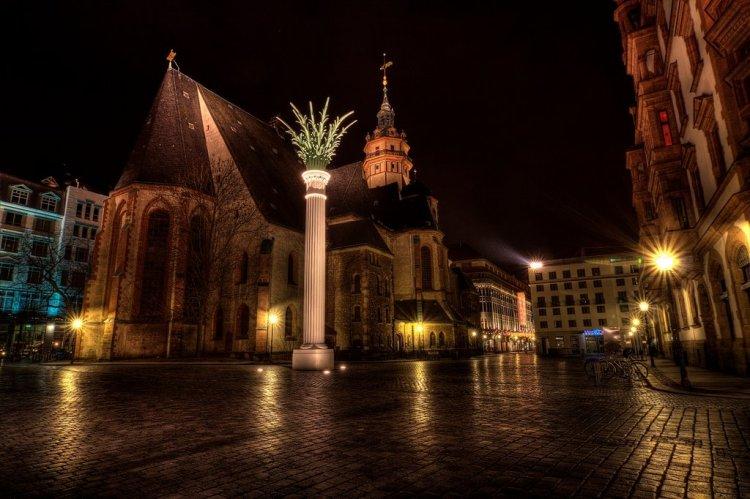 Adventsstimmung an der Nikolaikirche in Leipzig