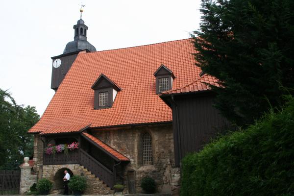 Trauungs-Kirche von J.S. Bach- St. Bartholomäi in Dornheim (Thüringen)