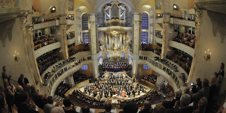 Am Sonntag, 29.11.2015 um 18 Uhr ZDF-Adventliche Festmusik aus der Frauenkirche Dresden