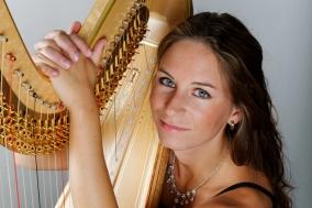Jasmin-Isabel Kühne (Harfe)