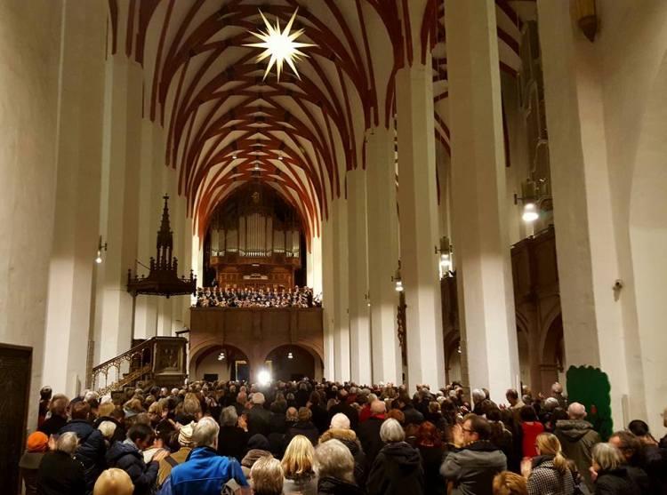 Aufführung vom Weihnachtsoratorium, BWV 248 im Dezember 2016 in der Thomaskirche in Leipzig. Die Konzerte sind ausverkauft!
