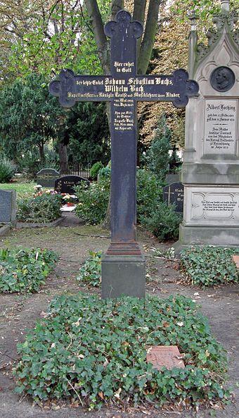 Grabstätte von Wilhelm Friedrich Ernst Bach (1759-1845) in Berlin-Mitte